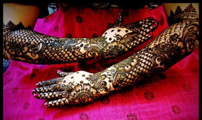 New Wedding-Bridal Latest Mehndi Designs for Hands and Feet Pictures-Images-2