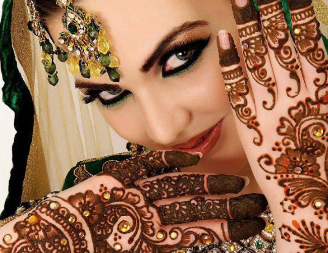 New Wedding-Bridal Latest Mehndi Designs for Hands and Feet Pictures-Images-4
