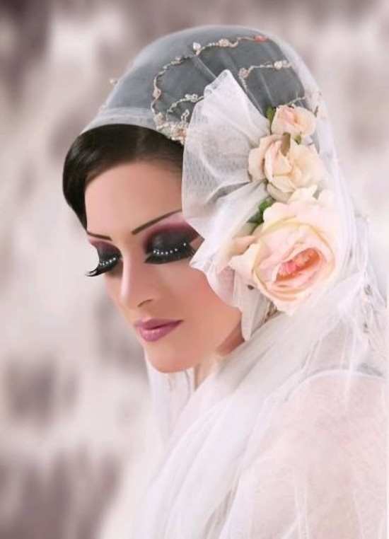 Women-Girls Stylish Makeup for Wedding-Bridal-Night-Evening,Casual Party-4