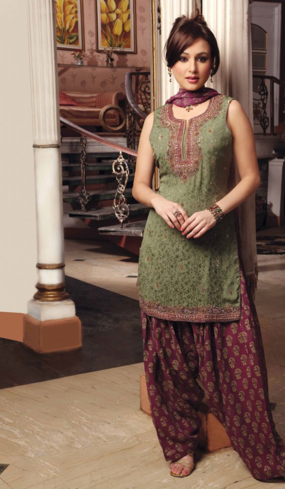 Indian Patiala Salwar Kameez Designs Picture Gallery Night-Evening Party Wear Dress-7