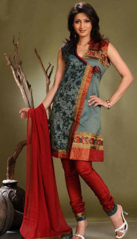 Indian Patiala Salwar Kameez Designs Picture Gallery Night-Evening Party Wear Dress-9