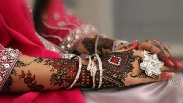 Bridal-Wedding Mehndi Designs for Full Hands-Feet Front and Back Latest Fashion Mehendi-10
