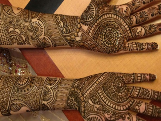 Bridal-Wedding Mehndi Designs for Full Hands-Feet Front and Back Latest Fashion Mehendi-6