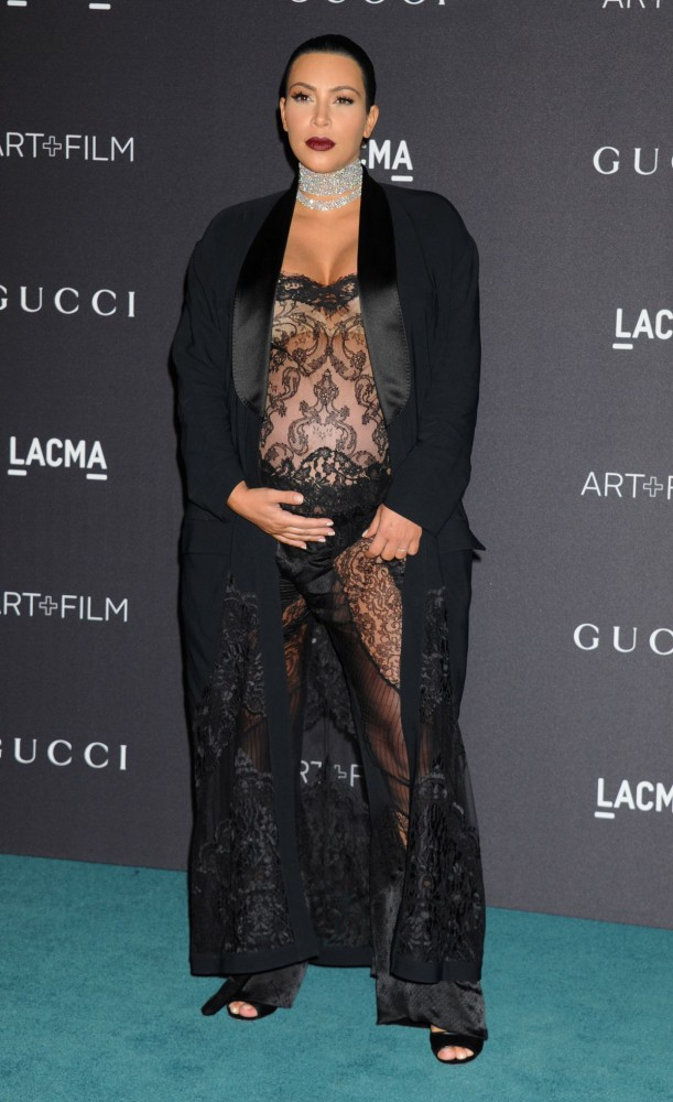 Kim Kardashian at Lacma Art Film Gala Honoring James Turrell and Alejandro G Inarritu in Los Angeles Pictures-6