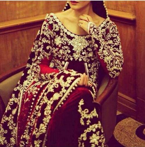 Bridal-Wedding Wear Velvet Fancy Suits Latest Fashionable Dresses Trend for Brides-Dulhan-8