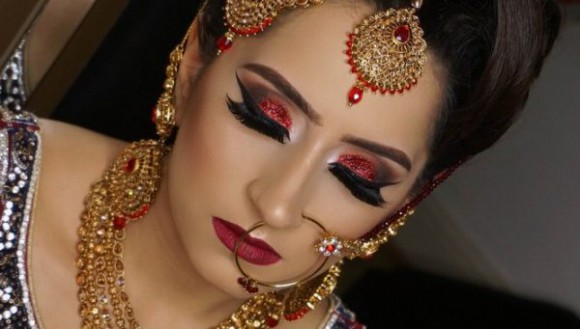 Asian Bridal Wedding Makeup Ideas for Modern Girls for Mehndi-Walima&Baraat Ceremony-1