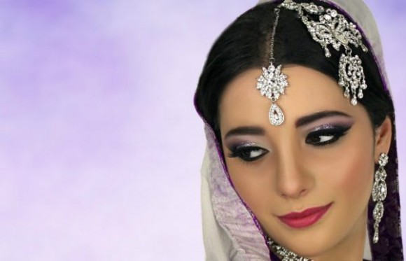 Asian Bridal Wedding Makeup Ideas for Modern Girls for Mehndi-Walima&Baraat Ceremony-4