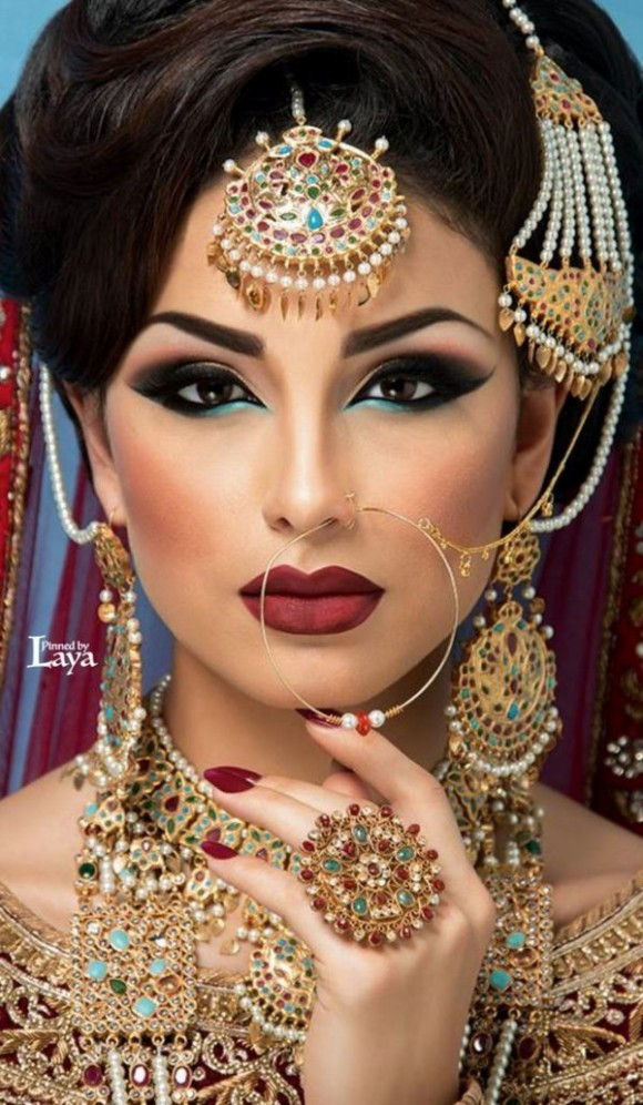 Asian Bridal Wedding Makeup Ideas for Modern Girls for Mehndi-Walima&Baraat Ceremony-8